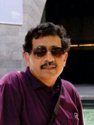 director-img
